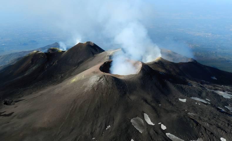 Etna barst vaak uit begin 2017