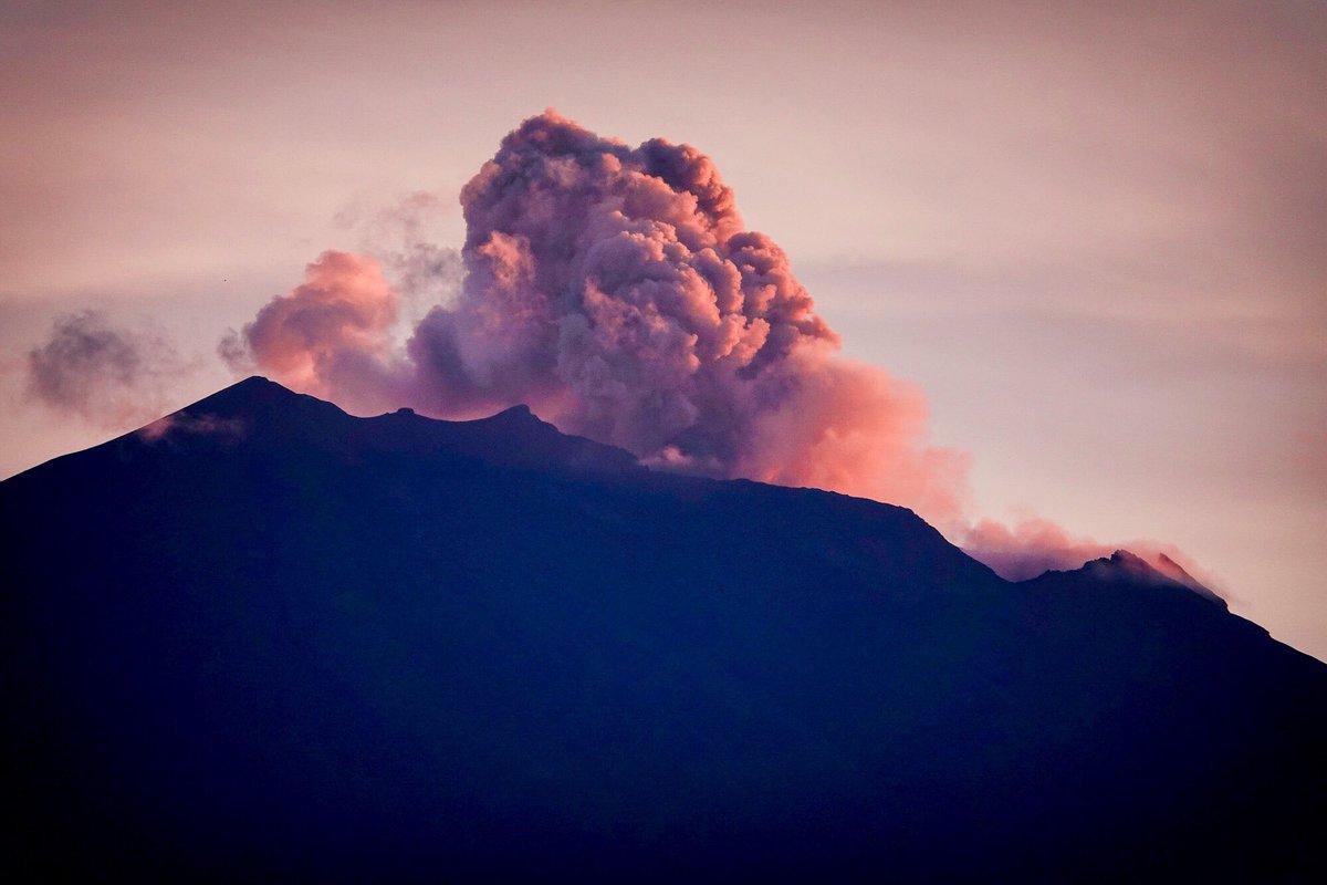 Mt Agung 11 dec 2017