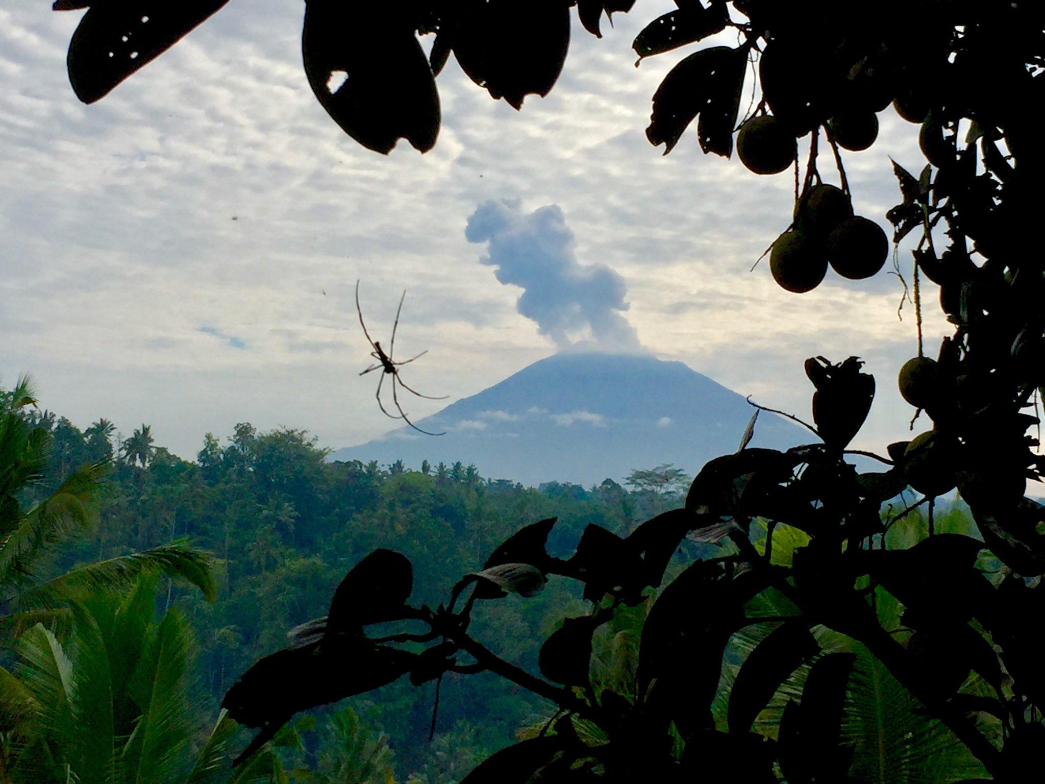Mt Agung 8 dec 2017