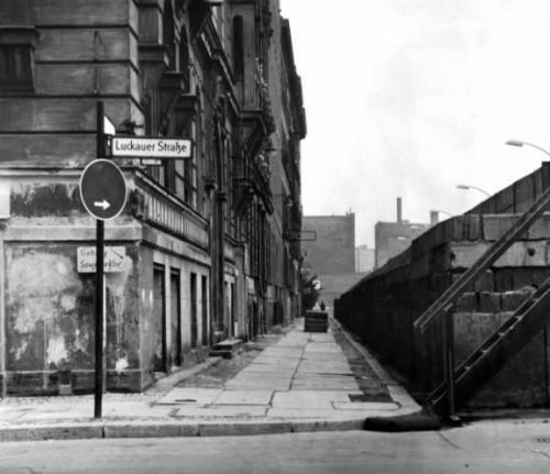 De Berlijnse muur… 13 augustus 1961